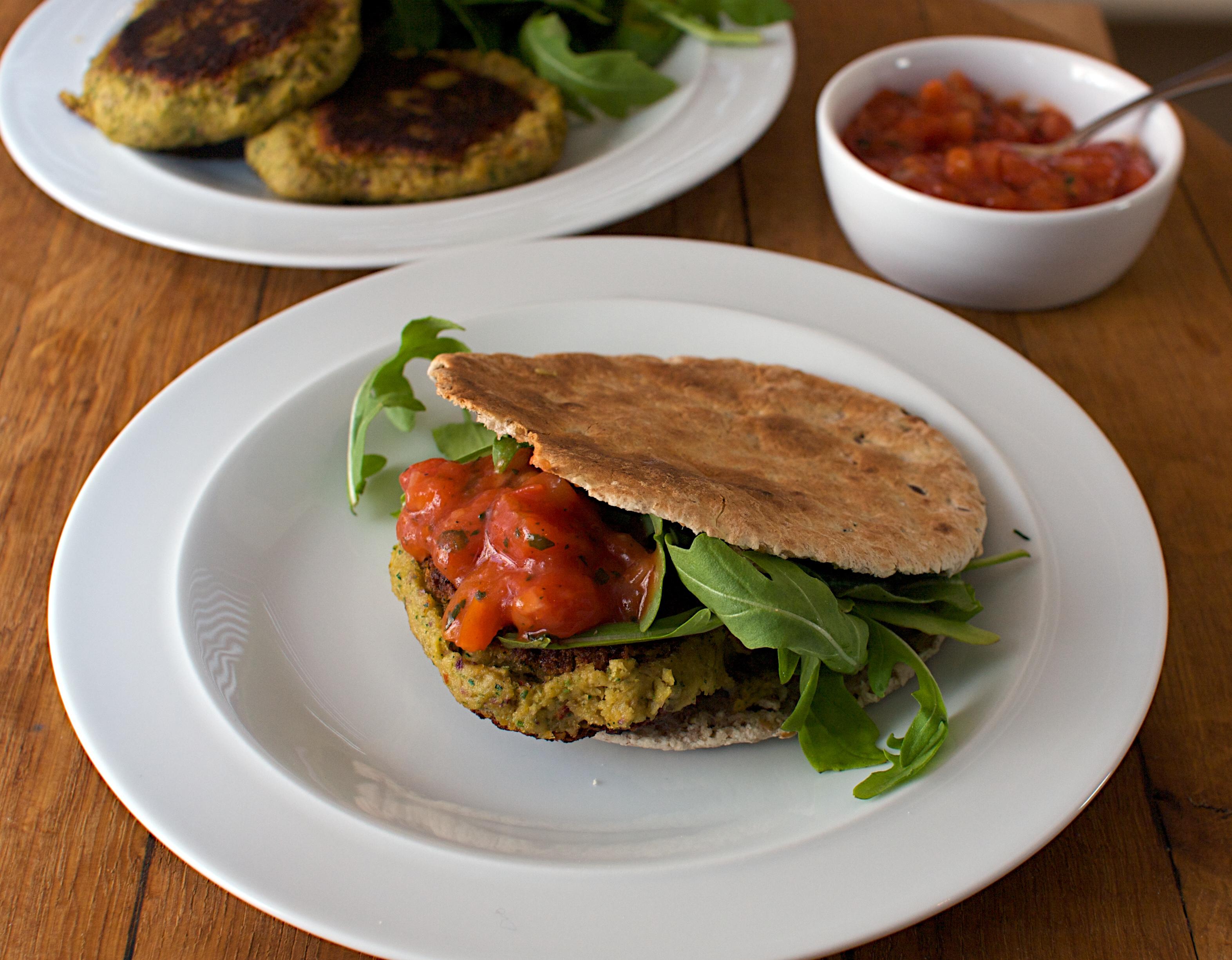 Falafel Burgers | Jono & Jules do food & wine