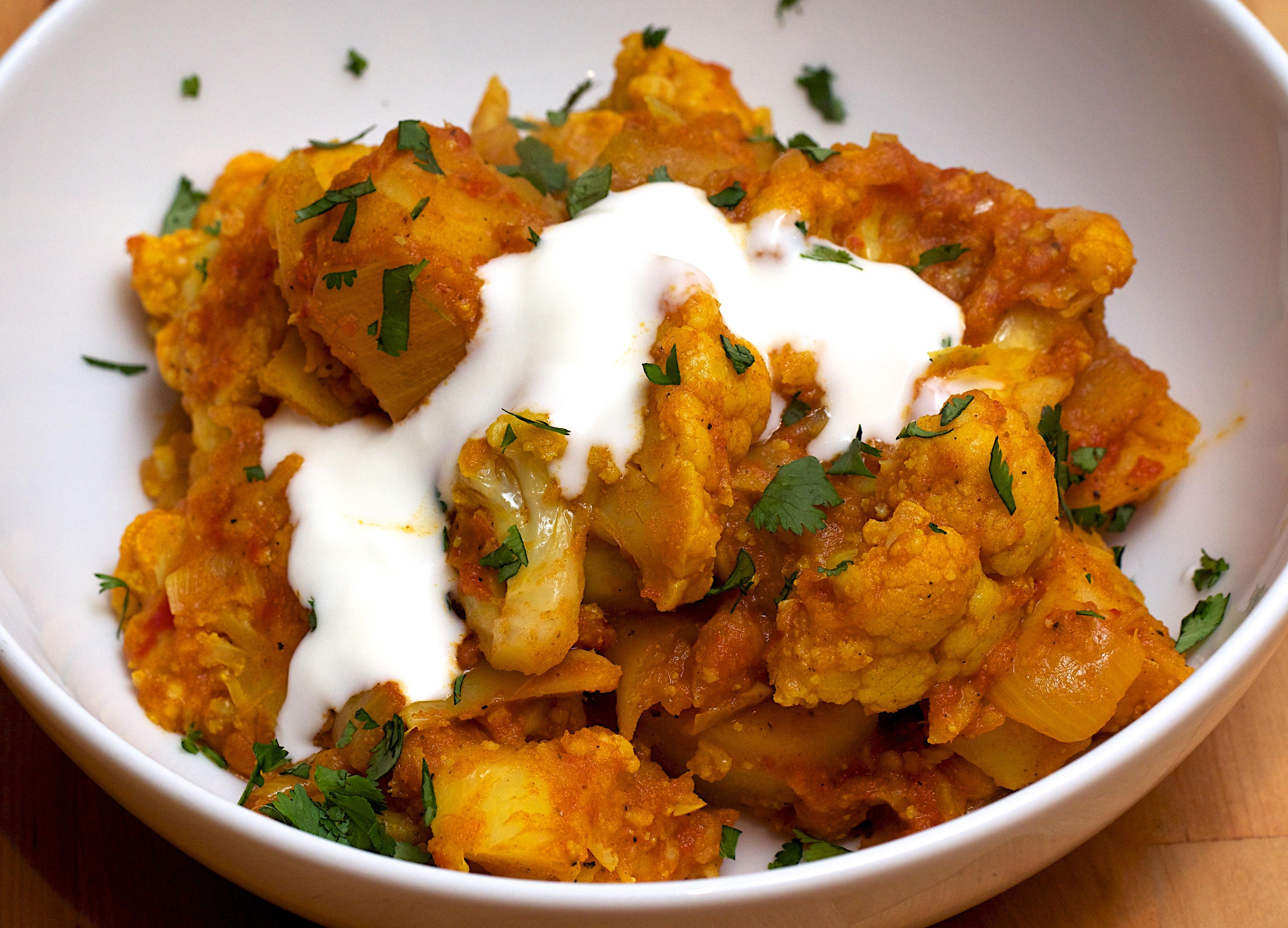 recipe: spinach and cauliflower bhaji [31]