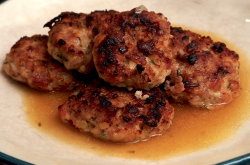 Chicken patties with rosemary & pancetta