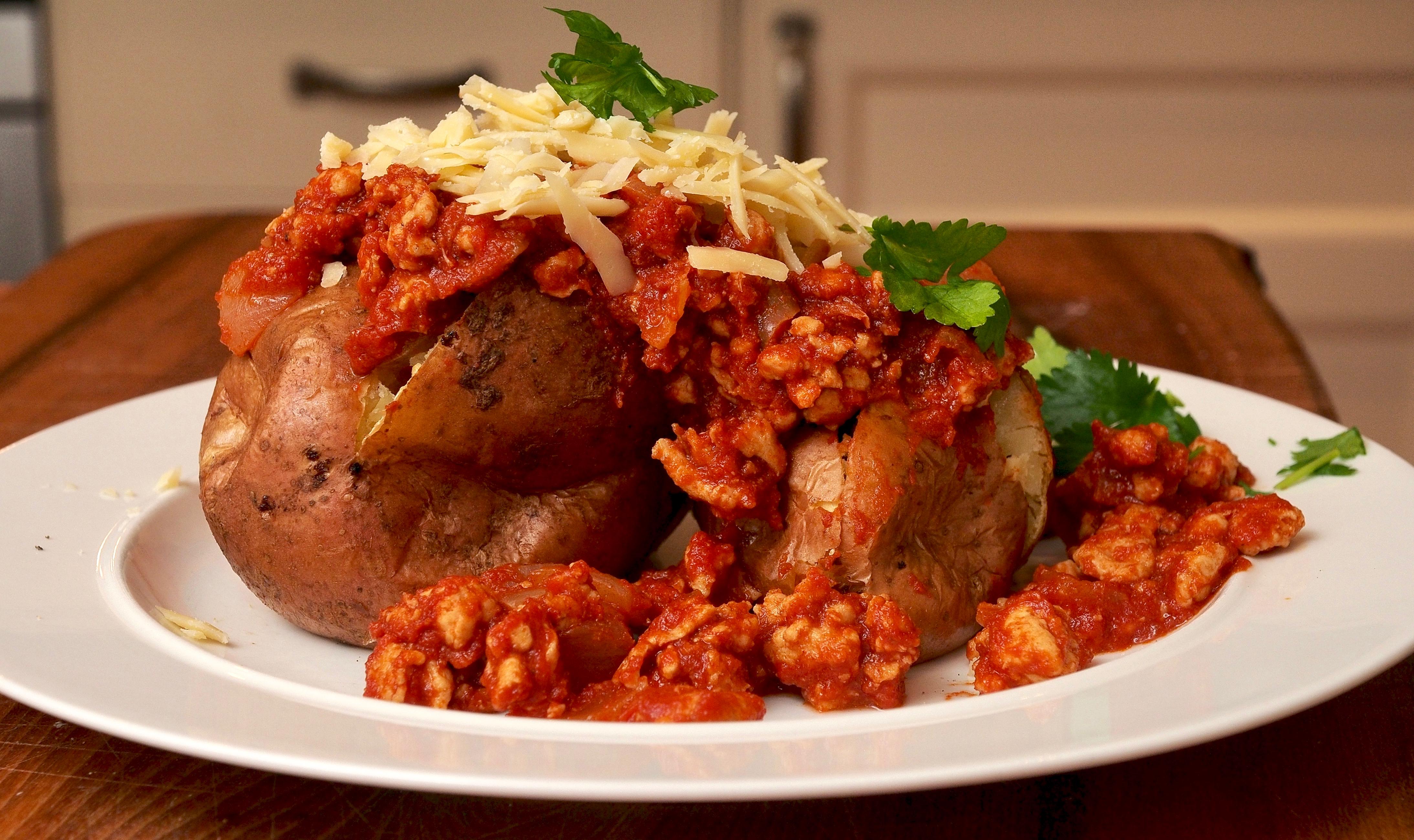 Turkey Chilli with jacket potatoes