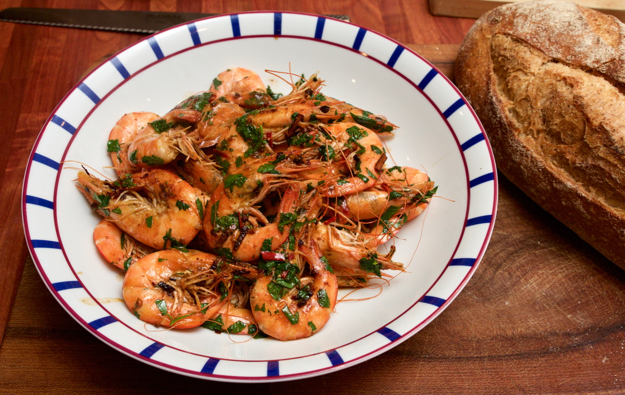 Buttery chilli prawns