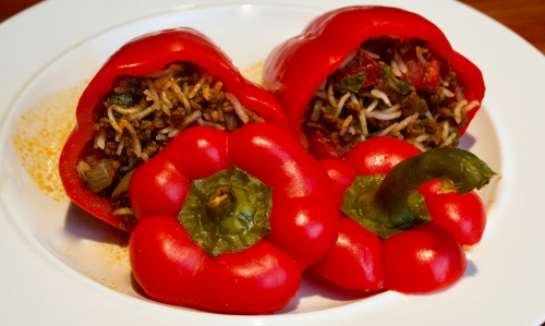 Makshi, stuffed peppers with beef & rice