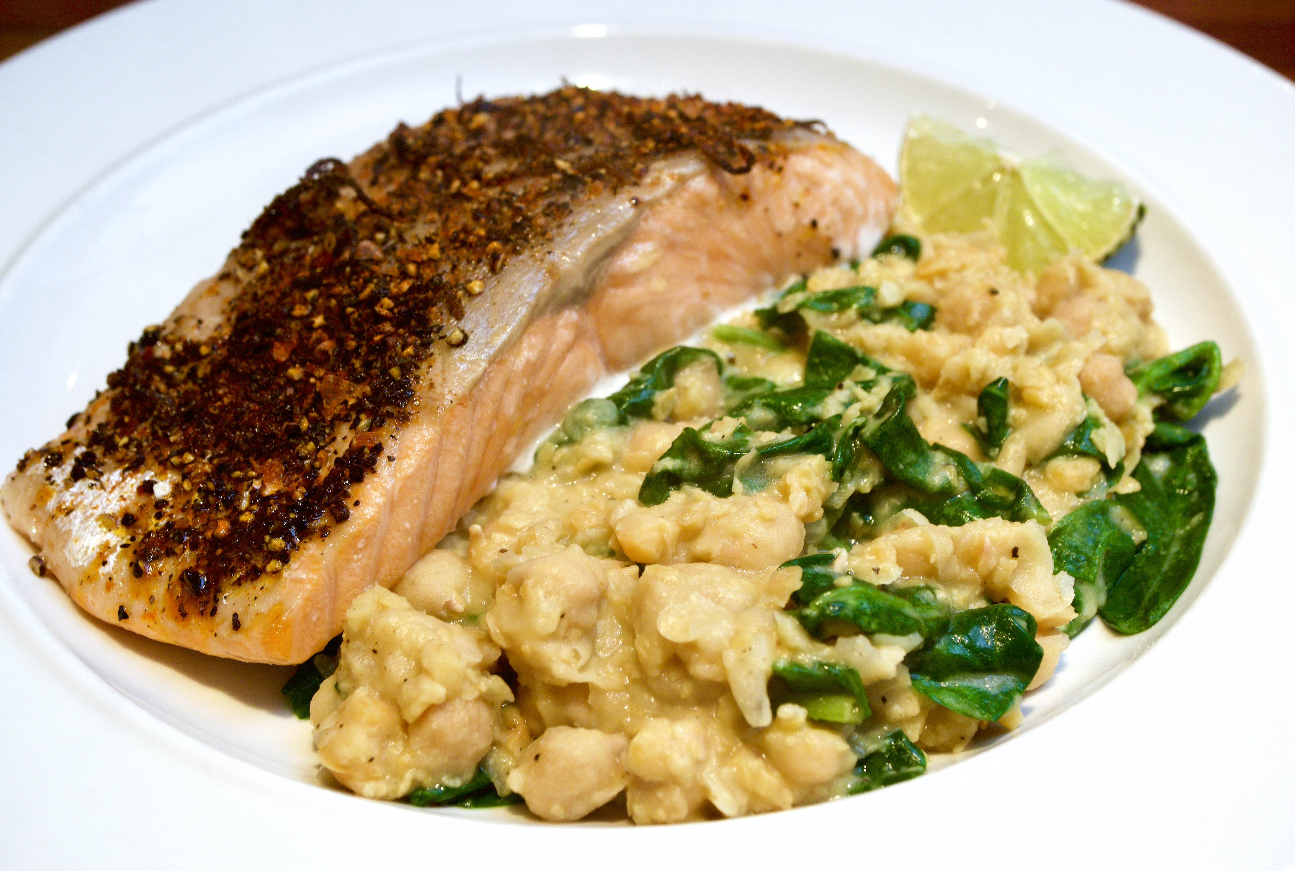 Pepper crusted Salmon with garlic chickpeas