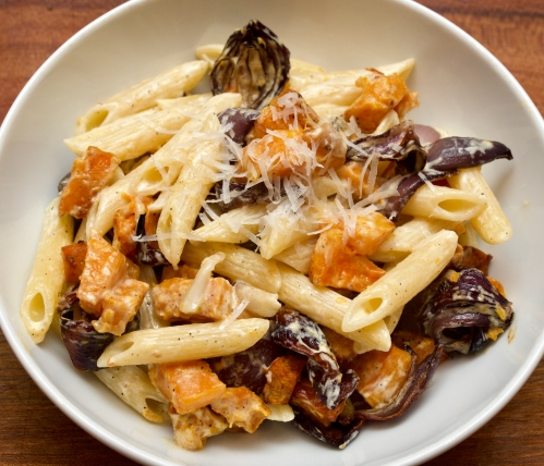 Roasted butternut squash and red onion pasta