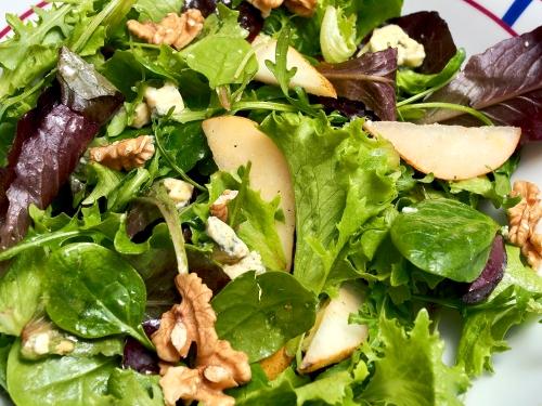 Winter seasonal salad