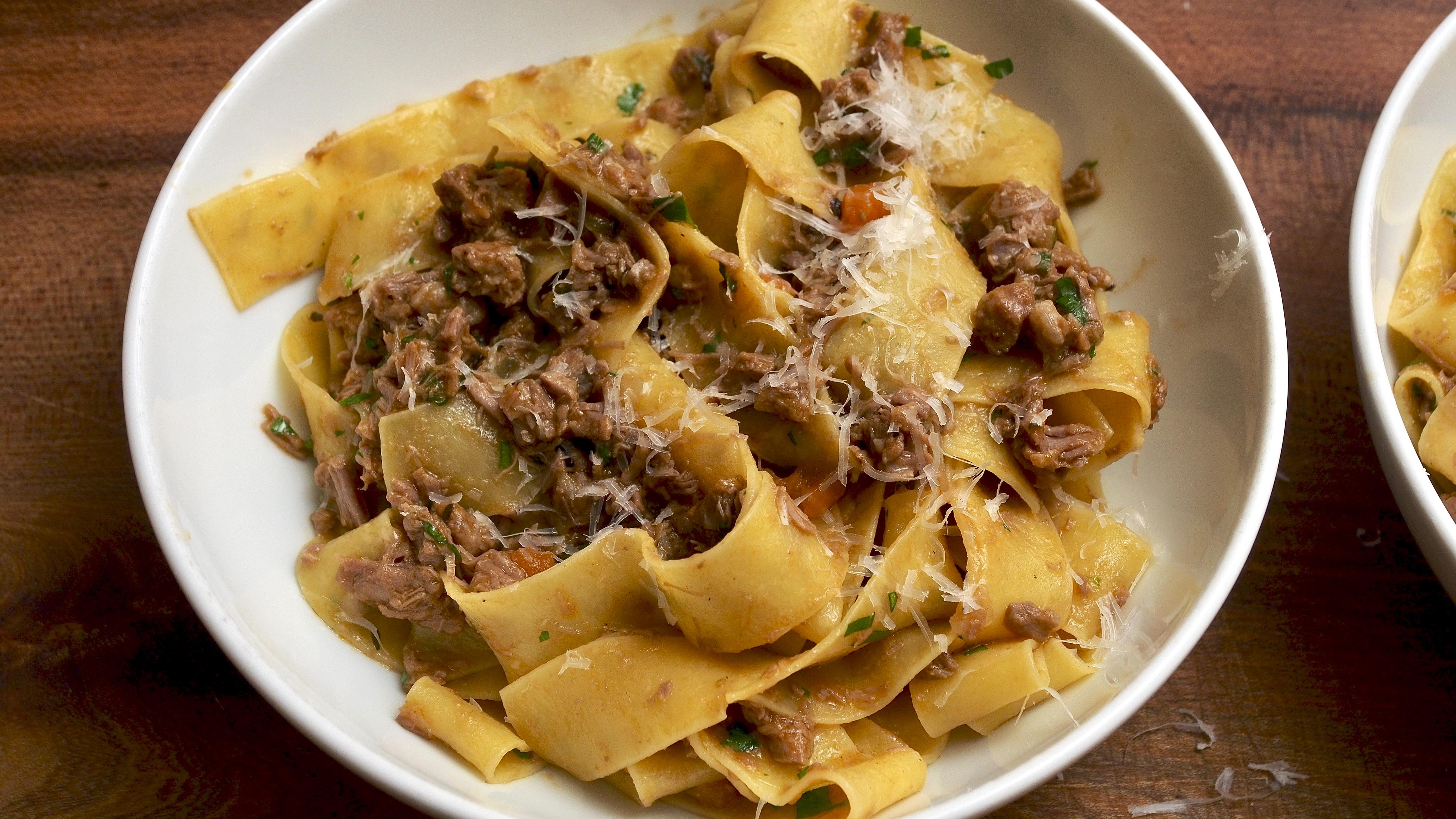 Lamb ragoût with fresh pasta