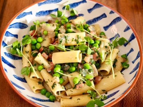Pasta with Fresh Peas, Guanciale, Mint & Pecorino