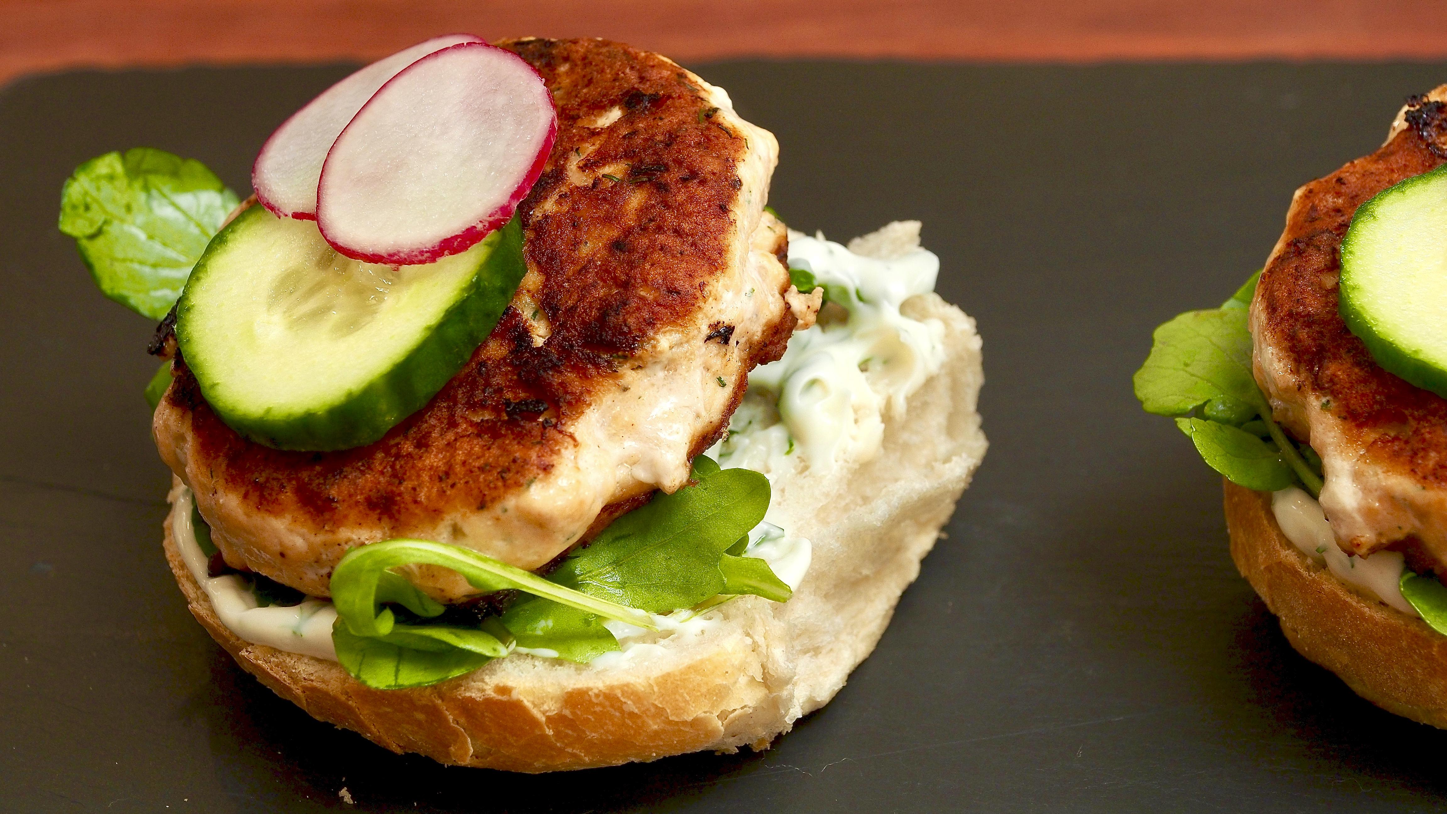 Salmon & horseradish burgers