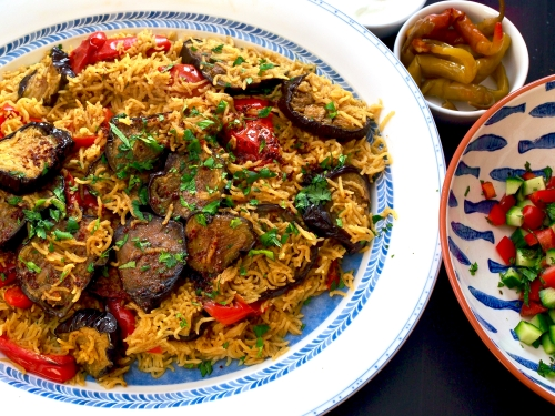 Maqloubeh: rice with aubergines & peppers