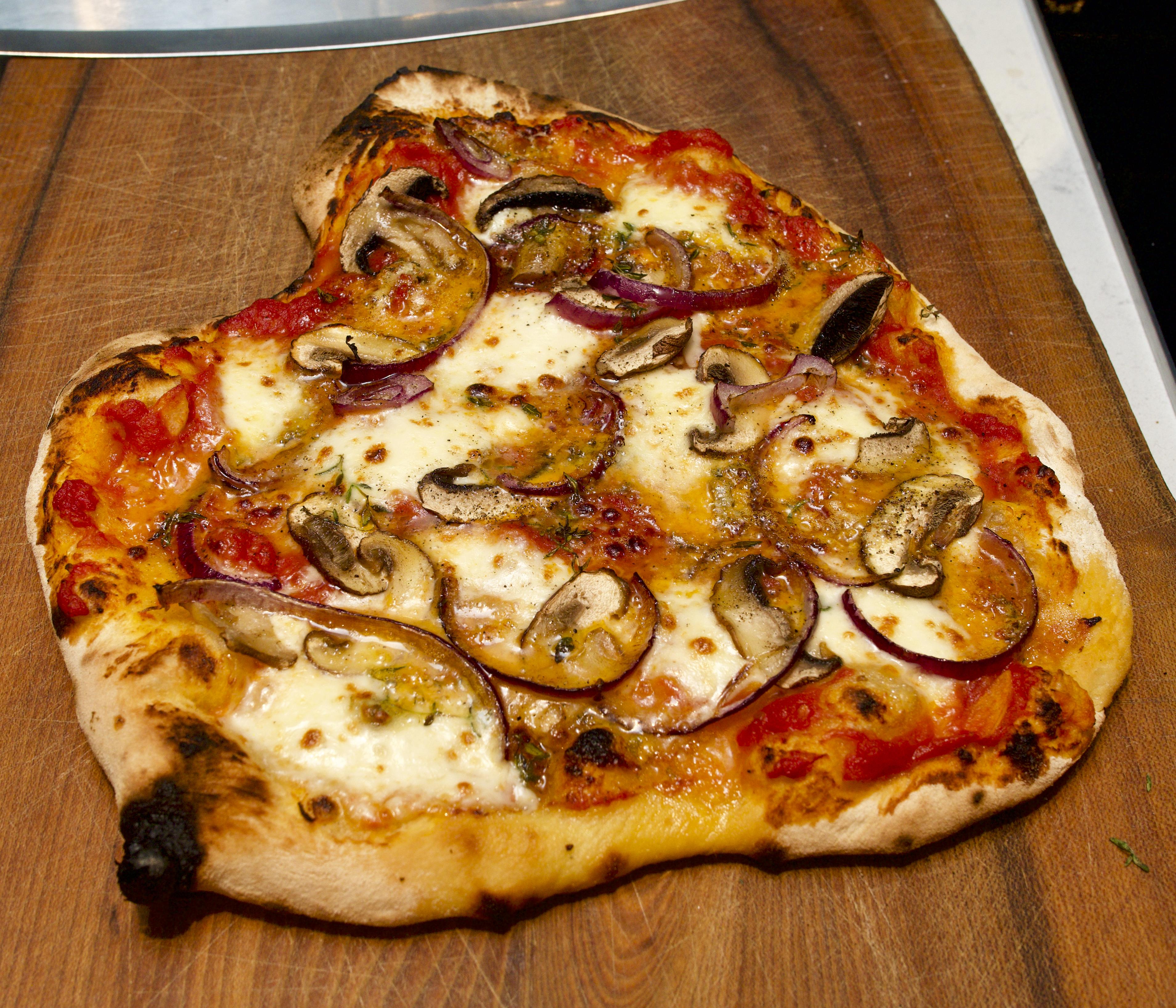 Red Onion, Mushroom & Blue Cheese Pizza