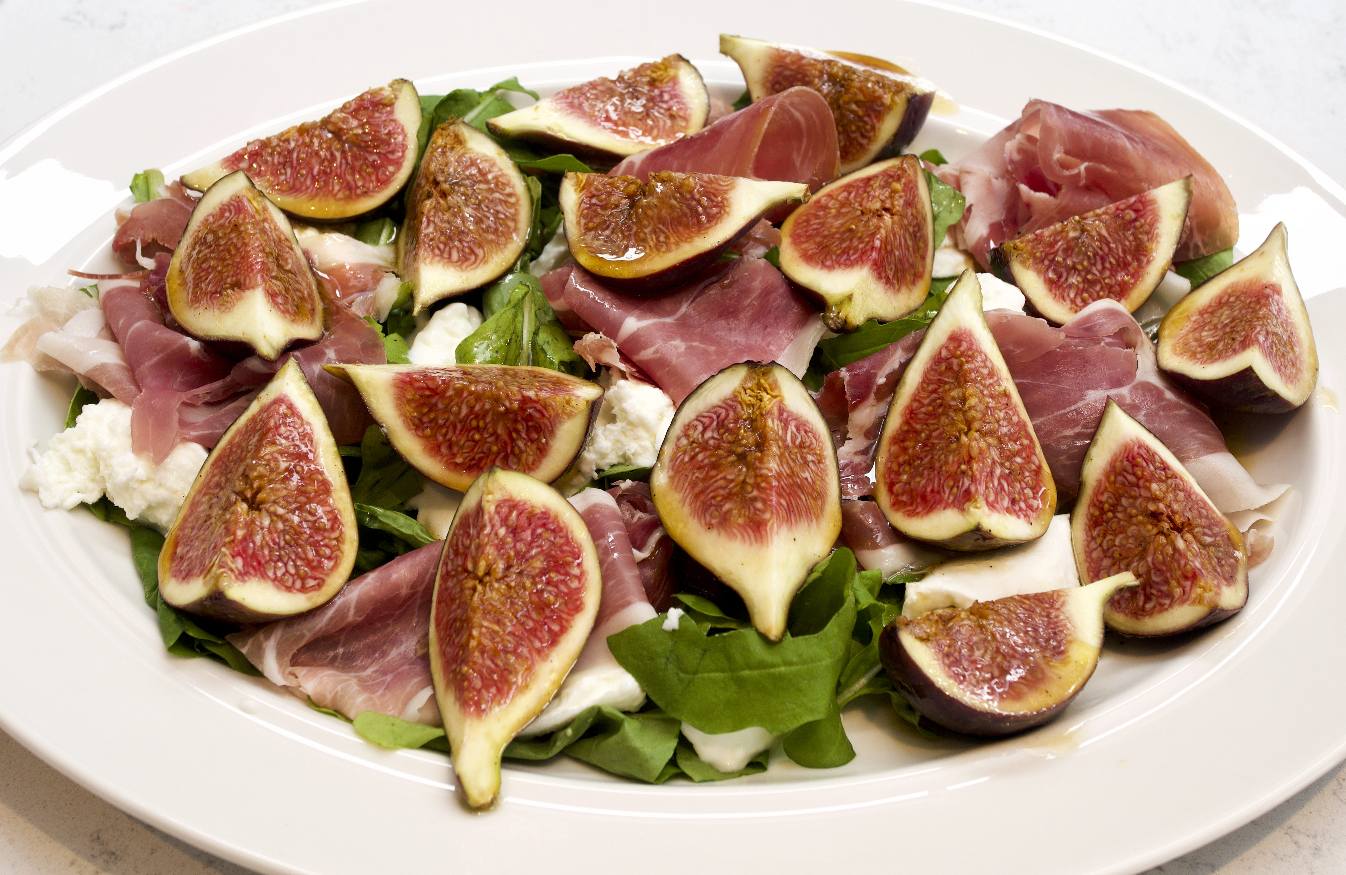 Marinated Figs with Mozzarella & Prosciutto